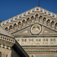 Firenze, timpano del Duomo.