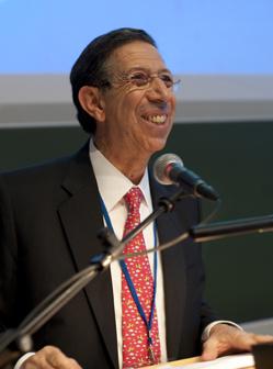 Mounir Bouchenaki.